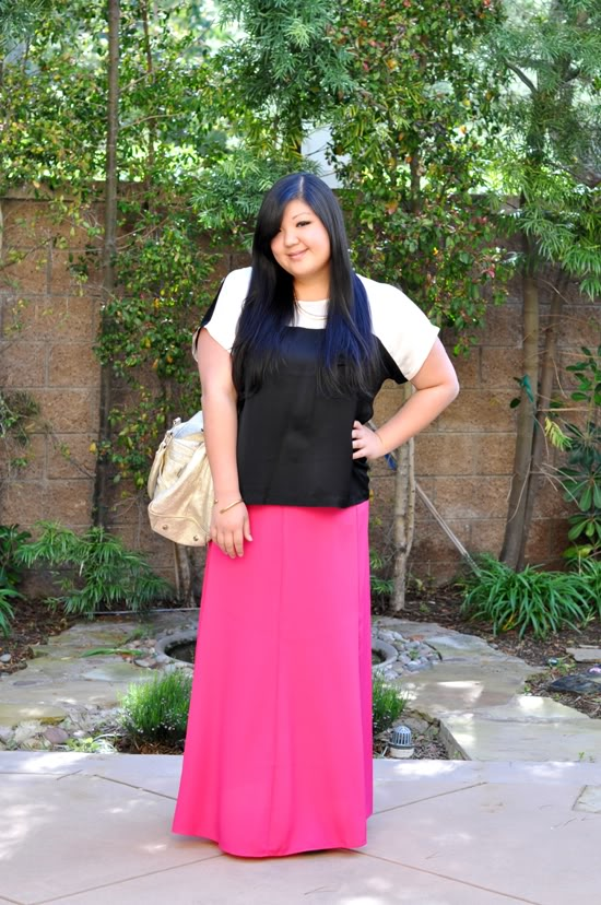 Neon pink skirt in plus size outfit of the day