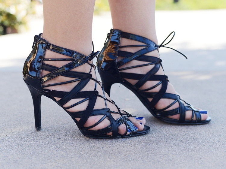 Curvy Girl Chic Plus Size Fashion Blog Prabal Gurung Target Heels
