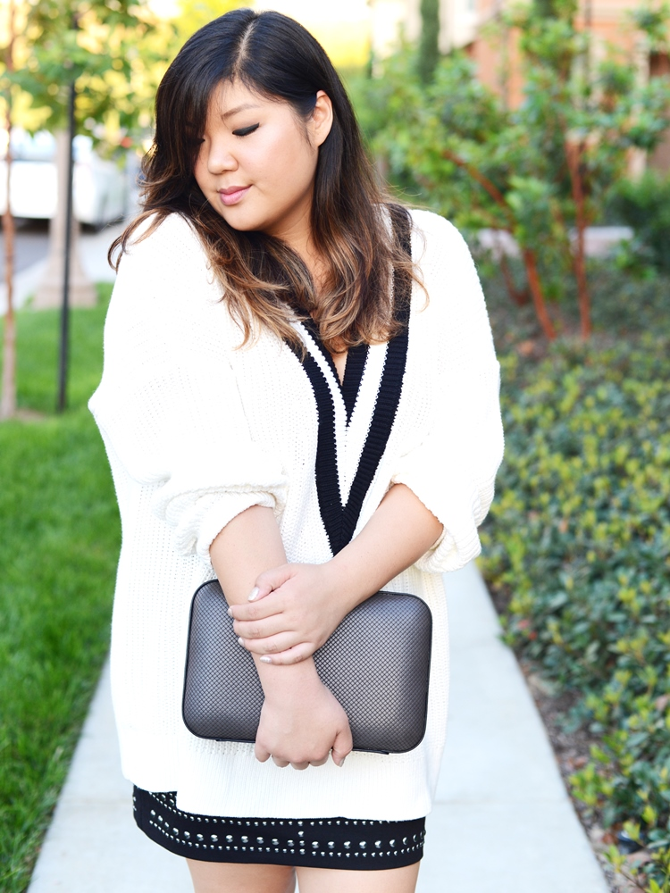 Curvy Girl Chic Plus Size Fashion Blog Chunky V Neck Rag & Bone H&M Sweater Studded Skirt Outfit