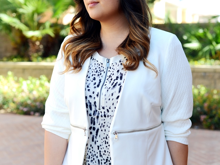 Curvy Girl Chic Plus Size Fashion Blog Monochrome Carmakoma Jeans Look