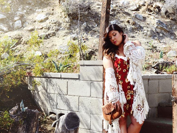Curvy Girl Chic Plus Size Fashion Blog Coachella Festival Fashion Lookbook Forever 21 Plus Boho Floral Dress Fringe Shawl