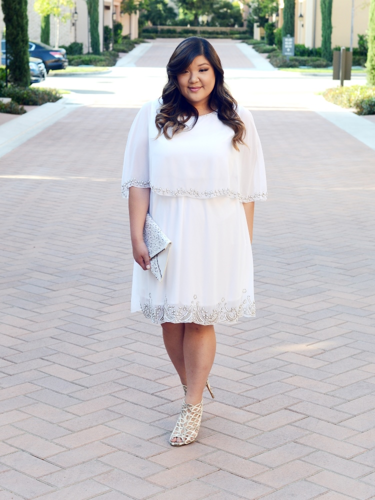 Curvy Girl Chic Plus Size Fashion Blog All White Outfit Idea GatsbyLady 1920s Inspired Dress